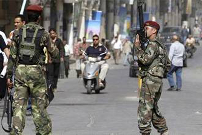 Police officer, government employee killed in Baghdad