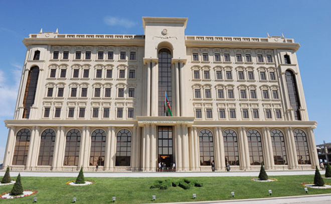 Azerbaijan's State Migration Service talks permissions for foreigners