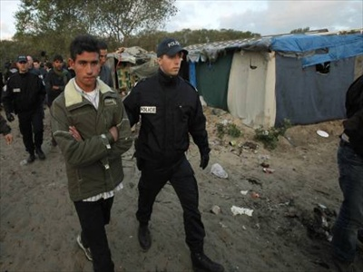 Fifty migrants rescued after getting lost in Mexican desert