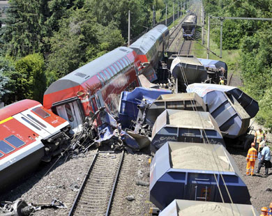 Local officials put Chinese train crash toll at 38