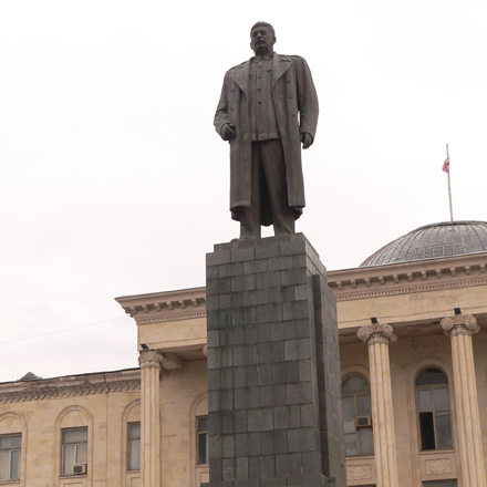Stalin's monument dismantled in Georgia's Tkibuli city
