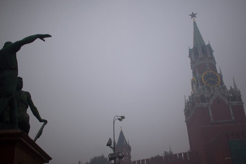 Acrid smog covers Moscow after three-day relief
