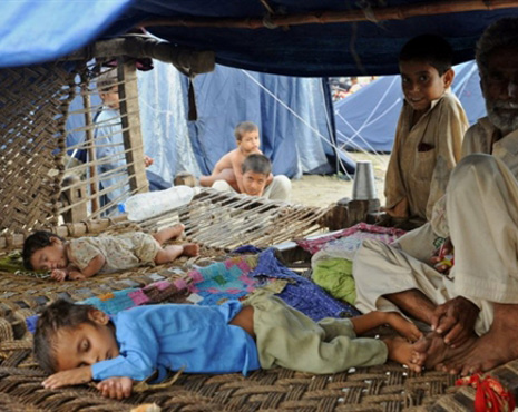 Pakistan reassures donors: Aid will get to flood victims