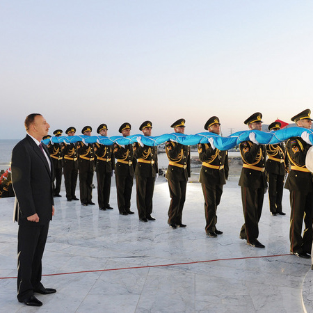 President of Azerbaijan attends inauguration of National Flag Square (PHOTO)