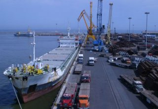 Iran discloses amount of investments made in Iranian ports