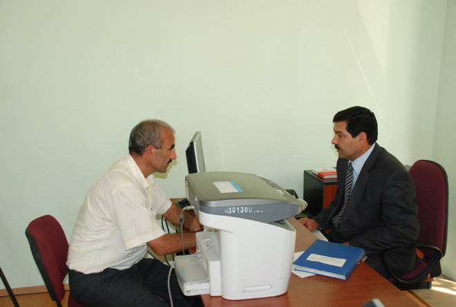 Azerbaijani taxpayers operate actively through computer terminals (PHOTO) - Gallery Image