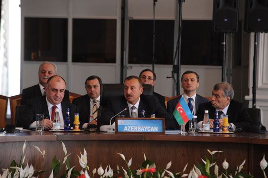 Istanbul hosts 10th summit of turkish-speaking countries` heads of state (PHOTO)