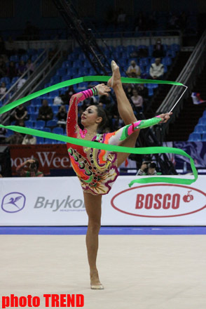 Azerbaijani gymnasts compete in ribbon exercises in Moscow (PHOTO) - Gallery Image