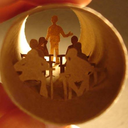 Оживающие сценки работ из рулона туалетной бумаги Анастасии Элиас - в гостях Trend Life (фотосессия) - Gallery Image