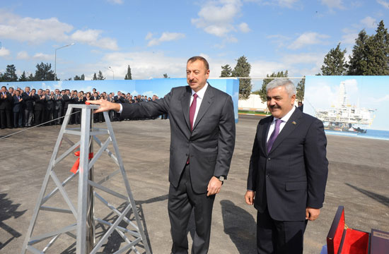 Azerbaijani President attends laying foundation ceremony of SOCAR's new administrative building (PHOTO)