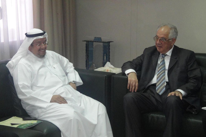 Azerbaijani official meets with Kuwaiti PM (PHOTO) - Gallery Image