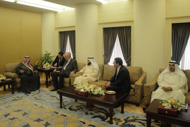 Председатель госкомитета по работе с религиозными структурами Азербайджана встретился с премьер-министром Кувейта (ФОТО) - Gallery Image