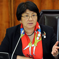 Rosa Otunbayeva holds bilateral meetings in Kazakhstan