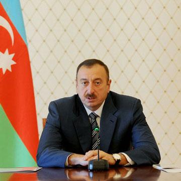 Azerbaijani President receives Chief of Turkish Gendarmerie Forces