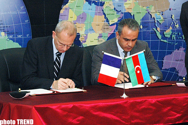 Azerbaijani Communication Ministry, Arianespace sign contract to launch national satellite Azerspace into orbit (UPDATE) (PHOTO)