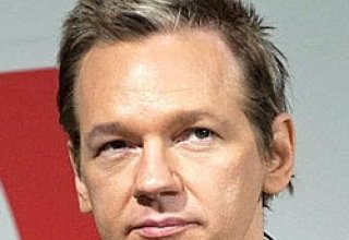 WikiLeaks founder says received envelope with 'white powder'