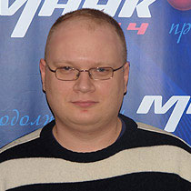 Attack on Kommersant journalist linked to his work - editor-in-chief