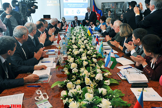 CIS executive secretary: Needs to give some universities of CIS countries the status of base organizations on languages and cultures (PHOTO) - Gallery Image