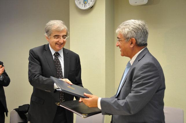 Azerbaijani, Argentinian diplomatic academies sign memorandum on cooperation (PHOTO)