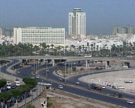 Богатая нефтью Ливия испытывает перебои с бензином - агентство