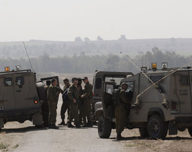 Palestinian premier's motorcade stopped at Israeli checkpoint