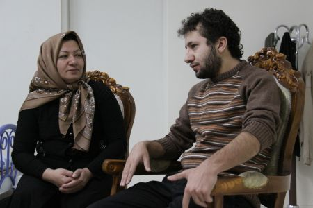Prominent Germans urge Iran to release two journalists