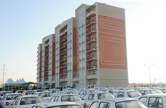 President Ilham Aliyev inaugurates building for Karabakh war disabled and shahid families (UPDATE) (PHOTO)