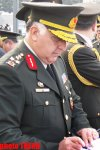 Turkish Gendarmerie Commander visits Alley of Honor and Martyrs in Baku (PHOTO) - Gallery Thumbnail