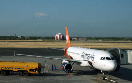 Newspaper: Armenian Armavia Airline debt should be paid by state