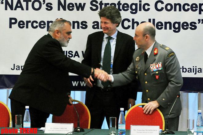 Сотрудничество НАТО с Азербайджаном является плодотворным - генерал (ФОТО) - Gallery Image