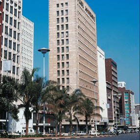 Zimbabwe targets 7.1-per-cent economic growth by 2015