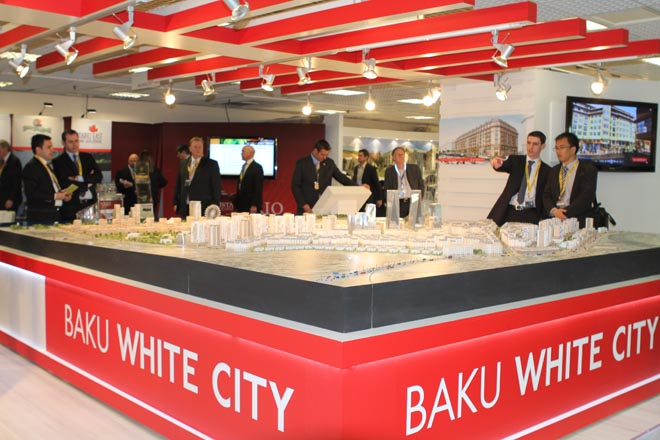 Baku White City Project was first presented in Cannes at International Real Estate Exhibition MIPIM-2011 (PHOTO)