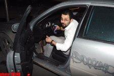Радио-телеведущий Азер Ширин кайфует от грязного автомобиля (фотосессия) - Gallery Thumbnail