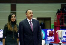 President Ilham Aliyev and his spouse Mehriban Aliyeva watch Challenge Cup final in Baku (PHOTO) - Gallery Thumbnail