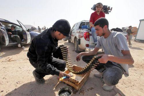 """В рядах ливийских повстанцев нет боевиков """"Аль-Каиды"""", заверяют в генштабе ПНС"""