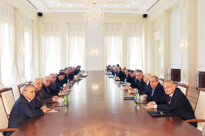 Azerbaijani president: Azerbaijan's economy successfully develops in first quarter of 2011 (PHOTO) - Gallery Image