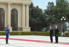 Official welcoming ceremony held for Romanian President in Baku (PHOTO) - Gallery Thumbnail