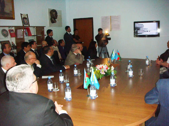"Kazakhstan hosts roundtable on ""Heydar Aliyev and Azerbaijan"" (PHOTO) - Gallery Image"