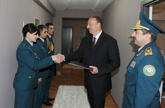 President Ilham Aliyev inaugurates residential complex for border guards (PHOTO) - Gallery Image