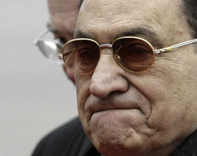 Egyptian protesters question reports on Mubarak's health