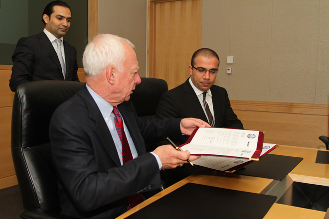 Azerbaijan signs software legalization agreement with Microsoft (PHOTO)