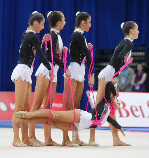 Azerbaijani junior group team to perform at European Rhythmic Gymnastics Championship's final (PHOTO)
