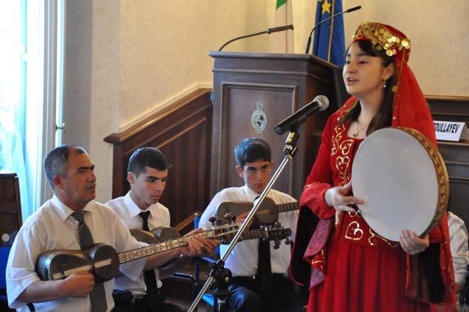 Şuşa uşaq musiqi məktəbinin şagirdləri İtaliyanın paytaxtında çıxış ediblər (FOTO) - Gallery Image
