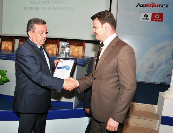 Azerfon-Vodafone supports competition in Electronic Education
