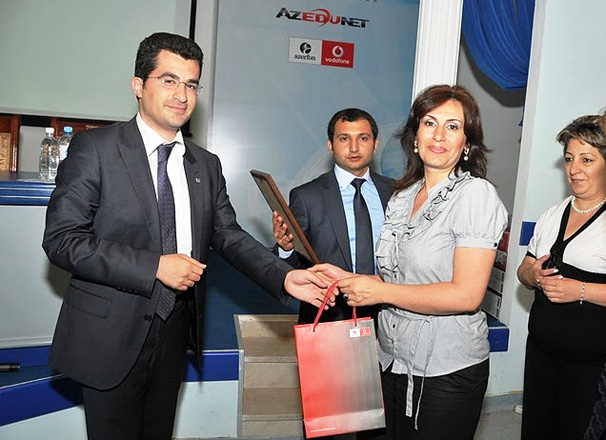 Azerfon-Vodafone supports competition in Electronic Education - Gallery Image