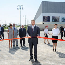 Azerbaijani President opens Darnagul station of Baku Metro (PHOTO)