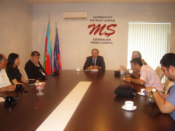 Meeting with professors and teachers of Istanbul University held in Press Council (PHOTO)