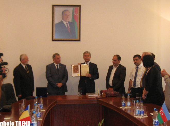 Azerbaijan's ruling party held a meeting with Romania's ruling Democratic Liberal Party (PHOTO) - Gallery Image