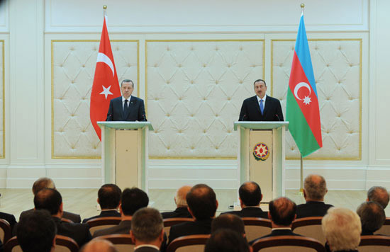 President Ilham Aliyev and Premier of Turkey hold joint press conference (PHOTO) - Gallery Image