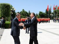 Turkey`s PM officially welcomed to Azerbaijan (PHOTO) - Gallery Thumbnail